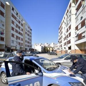 Bari, duplice agguato tra la folla: due pregiudicati arrestati per tentato omicidio