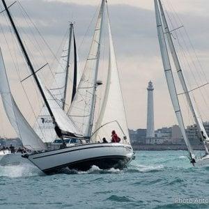 Bari, per il terzo anno l'imbarcazione Yellow Bee vince il trofeo Nicolaiano di vela