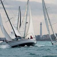 Bari, per il terzo anno l'imbarcazione Yellow Bee vince il trofeo Nicolaiano