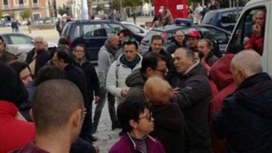 """Bari, aggrediti il presidente del IV municipio e l'assessore Galasso: """"No all'area pedonale"""""""