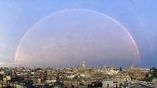 L'arcobaleno perfetto nel cielo sopra Lecce