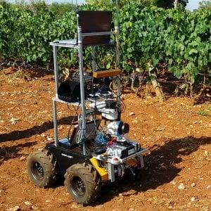 Robot-contadini, droni e sensori hi-tech: la Puglia racconta i segreti dell'agricoltura 4.0