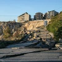 Matera, la frana di Stigliano mette a rischio appartamenti e negozi: chiesto