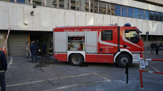 Paura in tribunale, principio di incendio nel garage In evidenza
