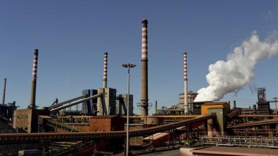 """Ilva, Arcelor Mittal chiede la modifica del contratto: """"Sentenza preoccupa"""""""