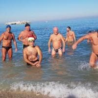 Bisceglie, Natale con il tuffo in mare: la sfida dei Temerari