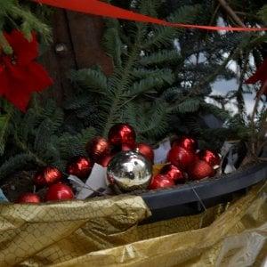 Gallipoli, l'albero di Natale va a fuoco per un corto circuito: la casa è inagibile