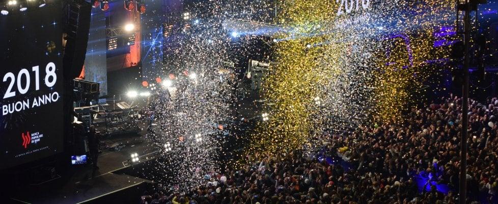 Bari, 100mila nella piazza blindata per il concertone di Capodanno con Mengoni