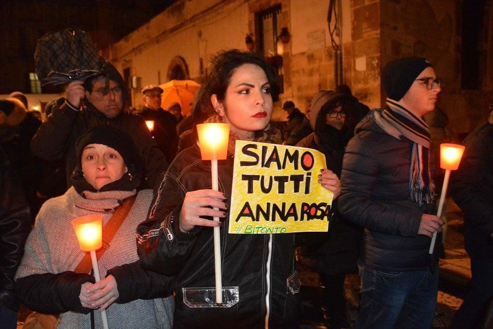 Bitonto, in mille alla marcia per la passante uccisa
