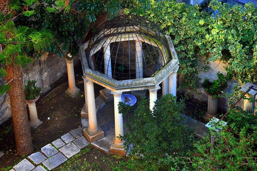 Bari, l'ultimo giardino del centro è un capolavoro nascosto