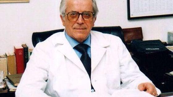 Università, è morto a Bari a 91 anni il professor Antonio Dell'Erba: fu preside di Medicina