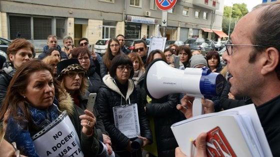"""Scuola, prof senza laurea esclusi dalle graduatorie: """"In Puglia già applicata sentenza Consiglio di Stato"""""""