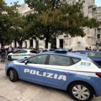 Foggia, spara 3 colpi di fucile contro la compagna 17enne e i suoceri: arrestato 21enne