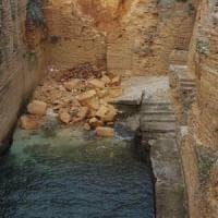 Salento, crolla la scogliera di Santa Cesarea Terme: in arrivo nuovi divieti