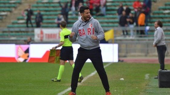 Il Bari torna da Cesena con tanti rimpianti: il pari (1-1) sta stretto. E scivola al quarto posto