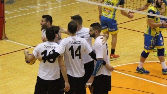 Volley Cerignola, gli atleti senza stipendio lasciano la squadra: l'Udas si ritira dal campionato di B