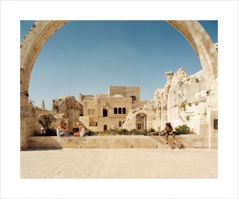 Fotografia, a Bari l'altra Gerusalemme di Giovanni Chiaramonte