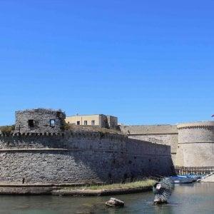 Gallipoli, case-vacanza fittizie affittate online: denunciati cinque truffatori