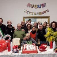 Bari festeggia i 100 anni di nonno Alessandro