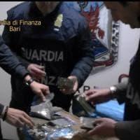 Barletta, due quintali di hashish a bordo di tre auto rubate: arrestati