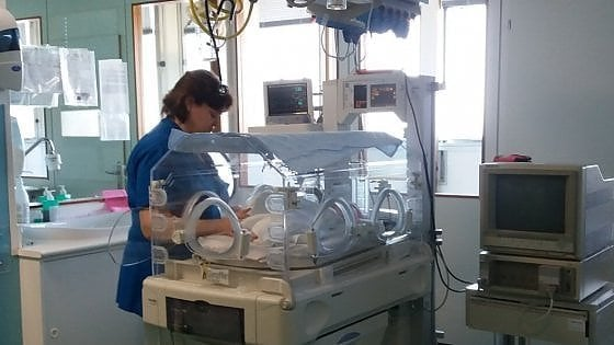 Antibiotico salva vita a neonata affetta da grave malattia