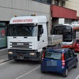 "Bari, in tilt altri due bus la replica del sindaco:  ""Qualcuno si fa campagna  con le fake news"""