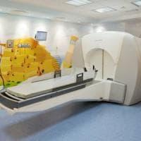 Sanità, a Bari arriva il bisturi a raggi gamma per il cervello: è il secondo