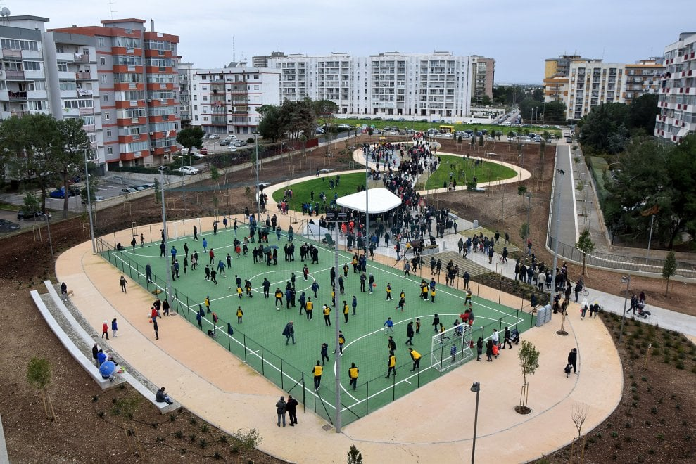 Bari, inaugurato il nuovo parco: Japigia in festa