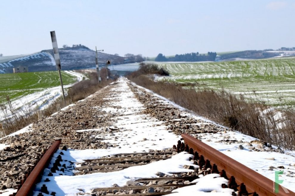 Gioia del Colle, rubati 300 metri di binari della ferrovia storica