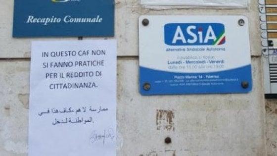 """""""Ha vinto M5S, dateci i moduli per il reddito di cittadinanza"""". Ai Caf numerose richieste da Bari e Palermo"""