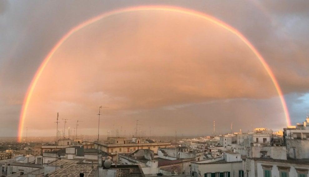 Il tramonto nell'arcobaleno: magia in Valle d'Itria