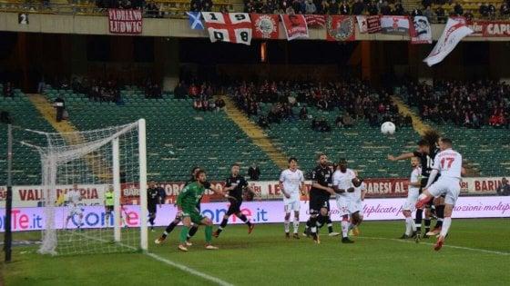 Bari-Spezia 1-1: Grosso gioca il jolly Brienza e salva la partita