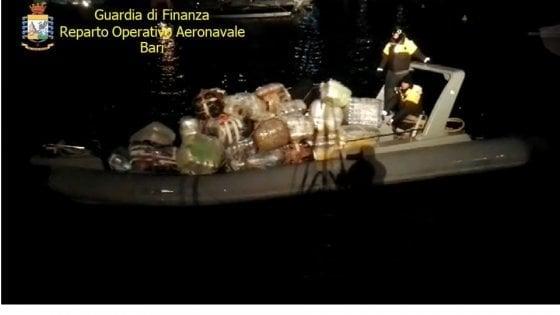 Droga, sgominate due organizzazioni di trafficanti dall'Albania alla Puglia