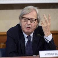 """""""Vittorio Sgarbi diffamò Nichi Vendola sull'eolico"""": condannato a risarcire i danni"""