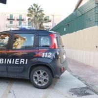 Bari, sequestrati sei chili di droga: erano nascosti in bidoni sotterrati in campagna