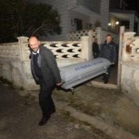 Bari, il figlio della pittrice uccisa urla 'assassino' contro l'imputato: