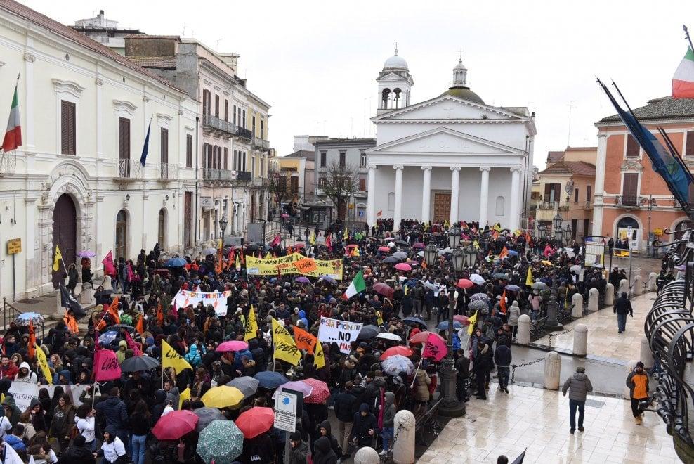 Libera, a Foggia in 40mila sfilano contro la mafia