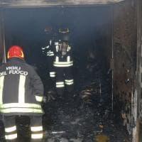 Bari, appiccato il fuoco negli archivi del giudice di pace: in fiamme le schede delle ultime elezioni