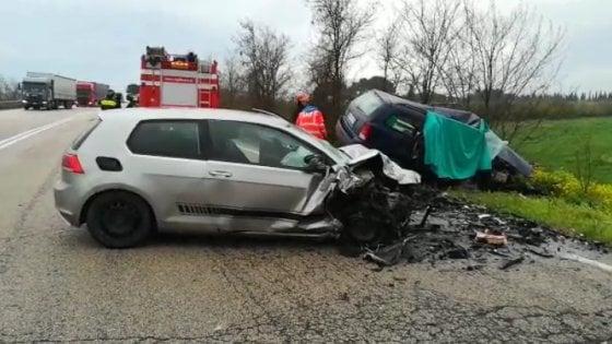 Tragedia alle porte di Foggia: incidente stradale, tre morti