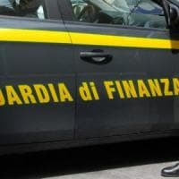 Bari, tangente da 3.000 euro: arrestato in flagrante un dirigente del Policlinico