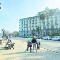 Bari, con la moto perde l'equilibio e cade: muore 54enne sul lungomare