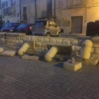 Foggia, vandali devastano la piazzetta nel centro storico: