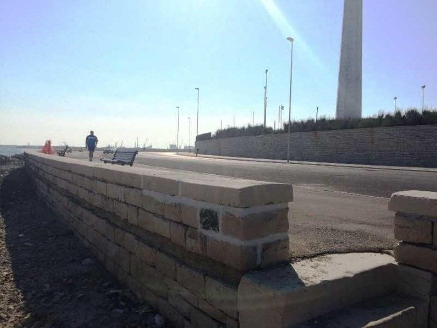 Bari, ricostruiti i muretti del lungomare distrutti dalla mareggiata