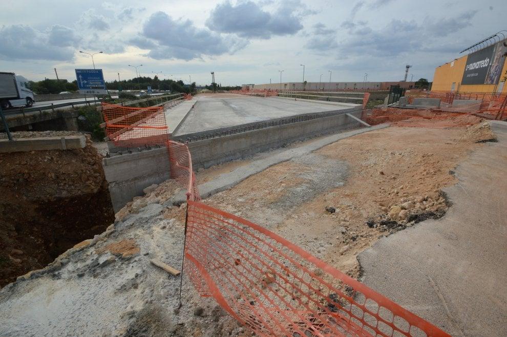 Bari, stop ai lavori del ponte di Santa Caterina: dubbi sulle autorizzazioni