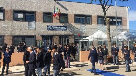 """San Severo, Minniti inaugura reparto speciale della polizia: """"Anche la Puglia avrà i Cacciatori"""""""