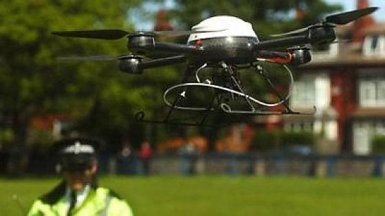 Bari, la polizia municipale utilizzerà due droni: controlleranno la città dall'alto
