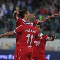Il Bari batte il Carpi 2-0 con Galano e Brienza: ai play off  sfiderà il Cittadella