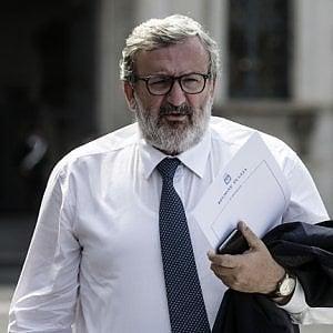 """Emiliano: """"Il governo? Sconcertato dalla proposta prima gli italiani"""""""