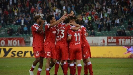 """Calcio, scontro in Lega tra Bari e Cittadella sulla sfida play off: """"Prima si decida su penalizzazione"""""""