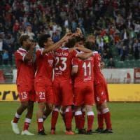 Calcio, scontro in Lega tra Bari e Cittadella sulla sfida play off: